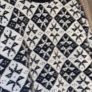 Good American Sweaters - FuzZy glitter stars Christmas sweater black white